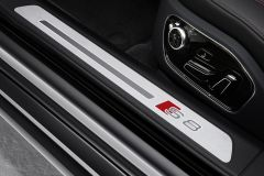 2016 Audi A8 plus