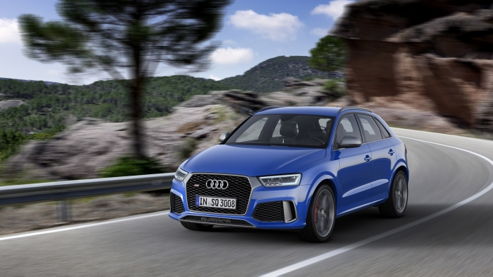2016 Audi RS Q3 performance