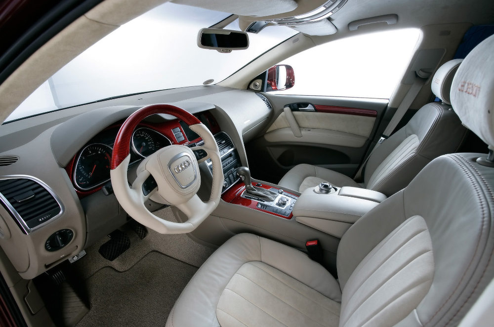 JE Design Audi Q7 Street Rocket Interior