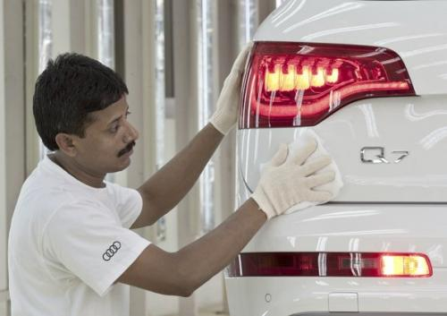 Audi Q7 Made In India Plans to build up to 1,000 of the Audi Q7 annually at Aurangabad, India