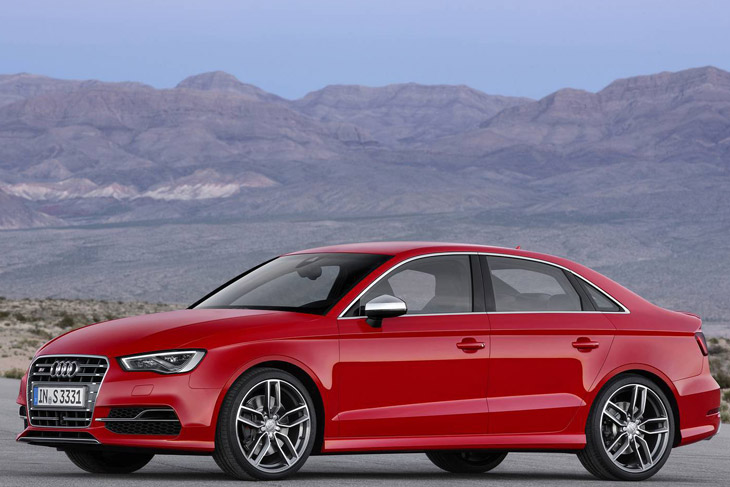 2014 Audi S3 Sedan Audi S3 vs BMW M135i   0 100 km/h [video]