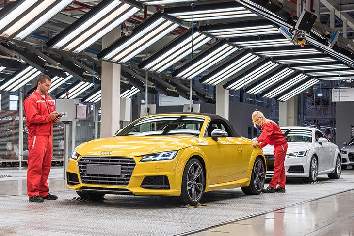 Audi TT Roadster 2015 Manufacturing Audi Hungaria: Start of Production of New Audi TT Roadster