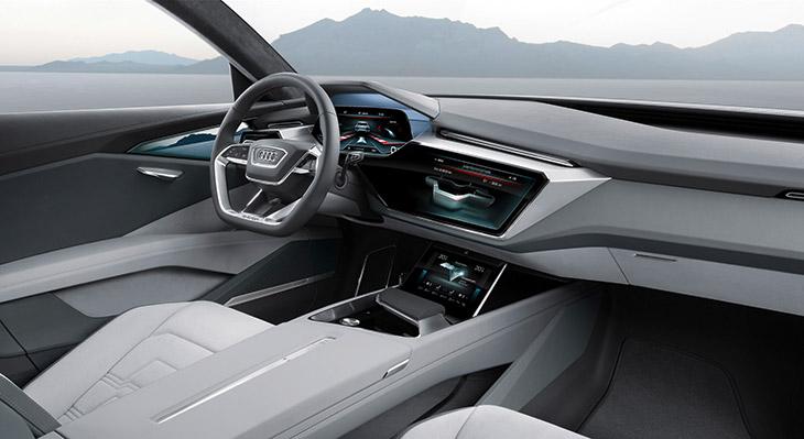 2015 Audi e-tron Quattro Concept Interior