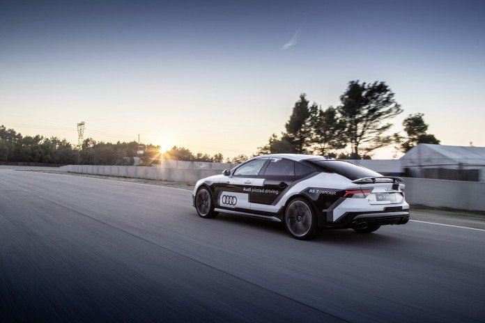 Audi RS 7 piloted driving concept makes record time in Spain
