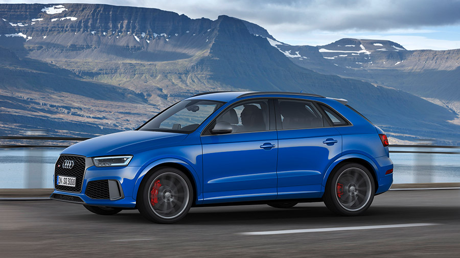 2016 Audi RS Q3 performance Side