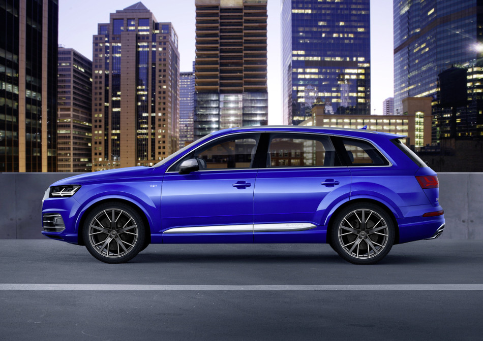2017 Audi SQ7 TDI Side