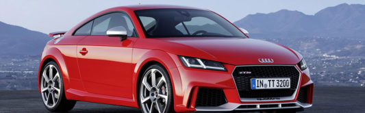2016 Audi TT RS Coupe Front Angle